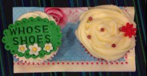 WS - 2 cupcakes